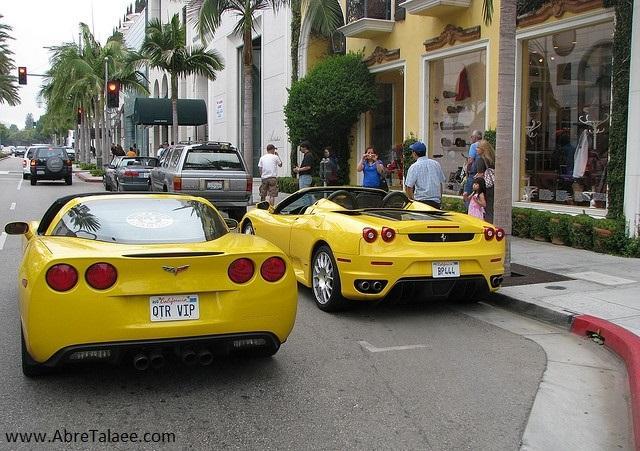 بیژن در اواخر عمر خود با کمپانیهای بزرگ و لوکس خودروسازی دنیا، قرارداد طراحی بسته بود